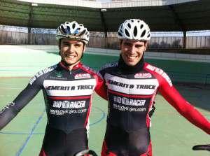 Peru Lozano junto a  Cristian Galván, vencedor en Valladolid.