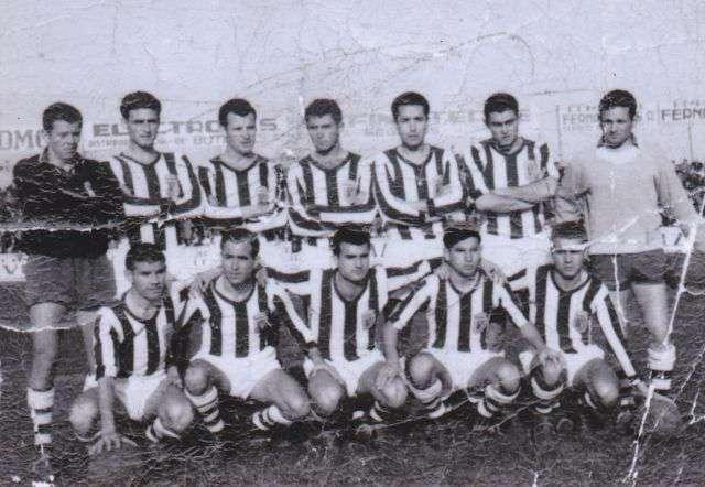 Alineación histórica del CD Badajoz. Foto: Diario Hoy.