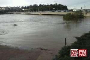 Río Guadiana en su paso por Badajoz.
