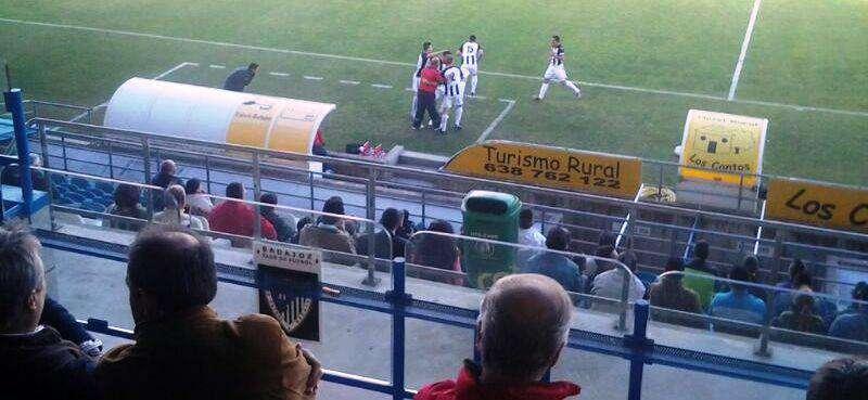 Celebración del gol ante el Extremadura en el Nuevo Vivero. Foto: Facebook Badajoz Club de Fútbol.