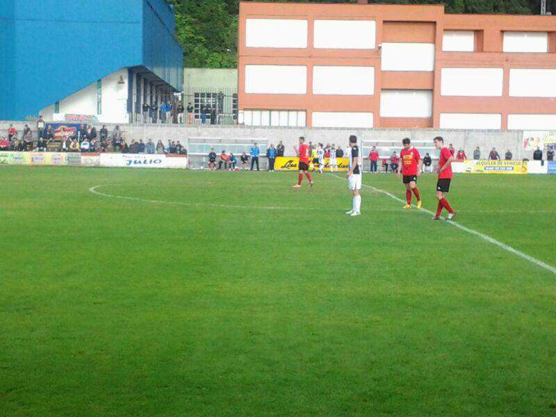 Imagen del encuentro disputado en Laredo. Foto: Facebook Badajoz Club de Fútbol.
