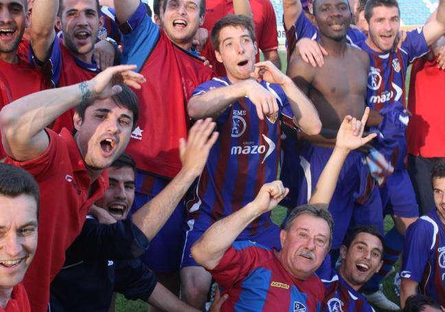 Los valencianos celebraron el pase por todo lo alto.