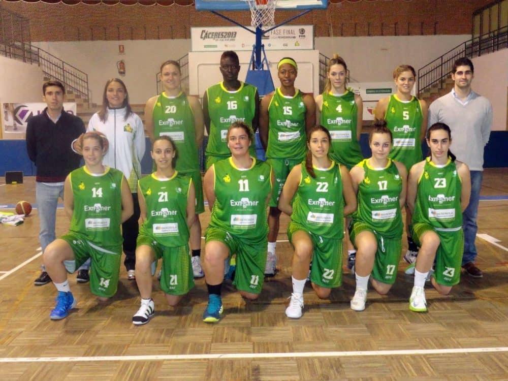 Foto equipo Alqazeres frente al Cortegada.Fuente CB Alqazeres