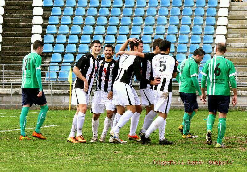 El conjunto pacense celebra uno de los tantos. / Badajoz CF.