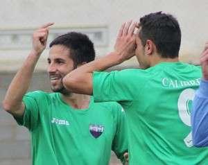 Nando Copete celebrando su gol. / Extremadura UD