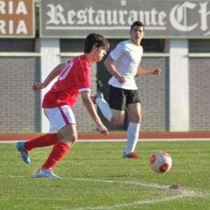 Casero pudo aumentar el marcador con el 1-0 // IMAGEN DE  www.cpdonboscobadajoz.com