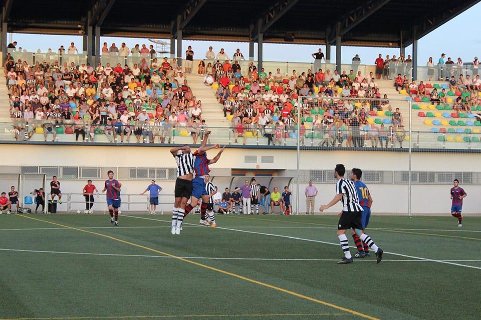 Acción en el primer partido como local | POL GARCÍA