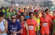 Los atletas esperando en la línea de salida | BADAJOZ DEPORTES